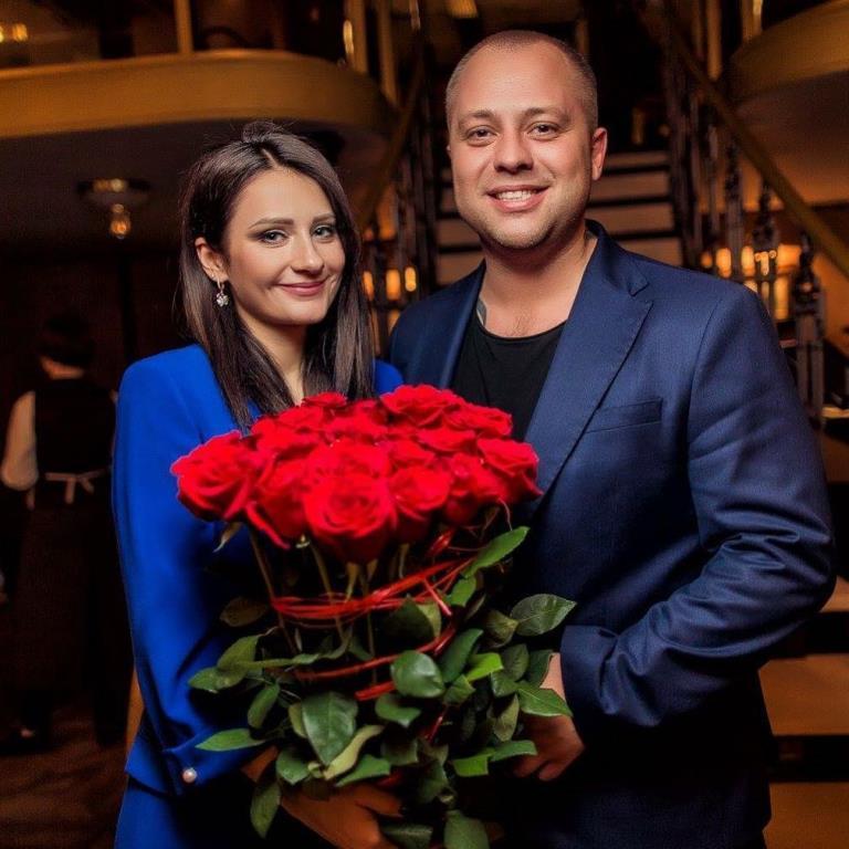 Дромов с женой