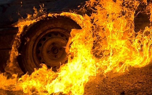"""Результат пошуку зображень за запитом """"Пожар автомобіль"""""""
