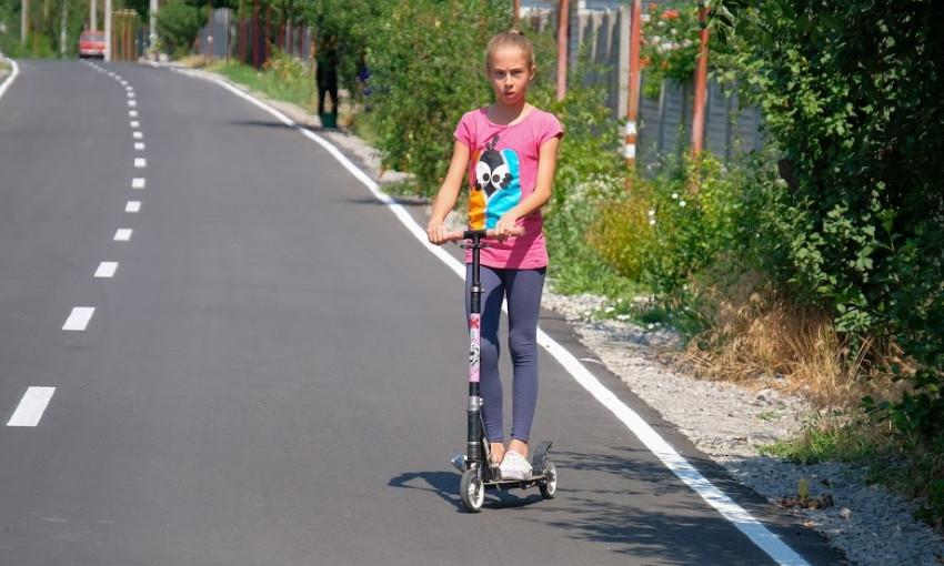 Ремонт дорог на Днепропетровщине: как ремонтируют дороги в Подгородном?