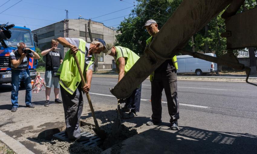 В Днепре городские коммунальщики продемонстрировали свою работу