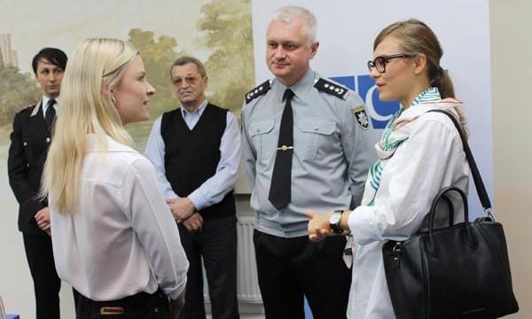 В Днепре сертификаты вручили мобильным группам полицейских