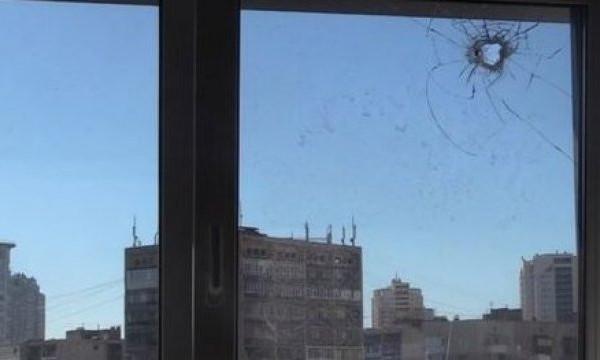 В Днепре мужчина стрелял в соседские окна